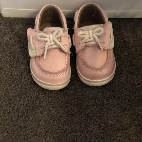 Sperry Other - Pink Sperrys size 4